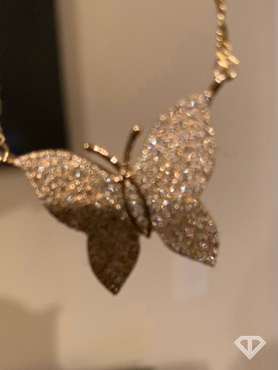 VS1 Custom 10k Butterfly Necklace w/ Singapore Chain