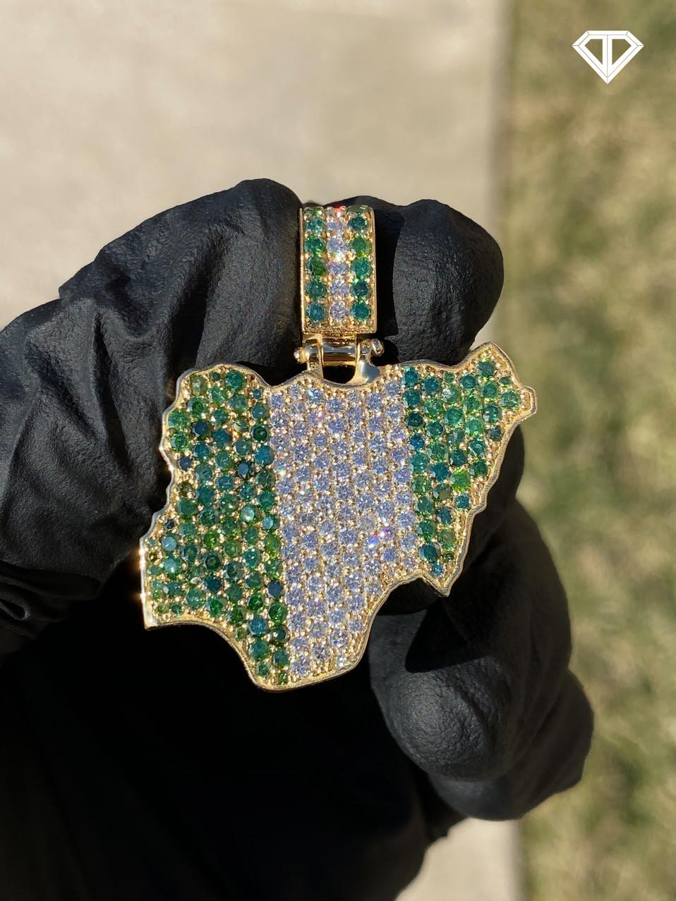 VS1 Custom 18k Nigeria Charm with Colored Diamonds