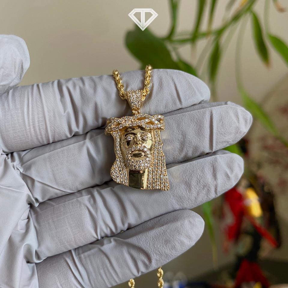 SI Custom 18k Diamond Jesus Pendant