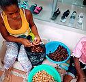 Vendedora de pepa de pam (pan) en B_vent