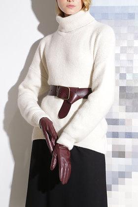 Объемный свитер с горлом