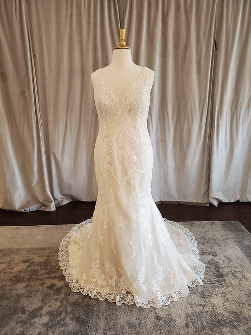 "Rebecca Ingram ""Elora"" V-neck fitted gown"