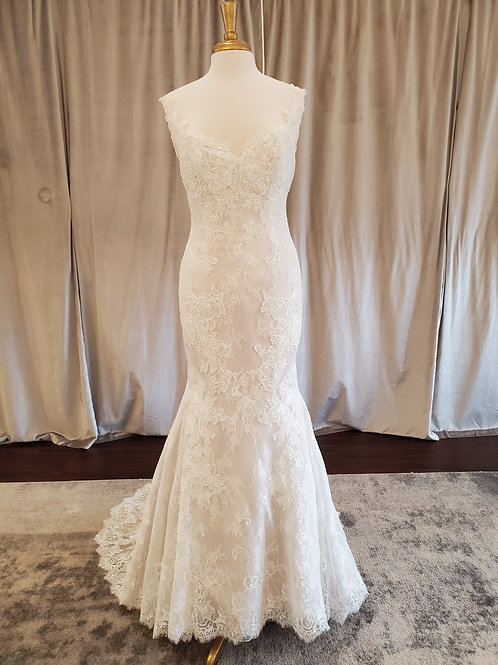 Marisa #106 lace mermaid with low back