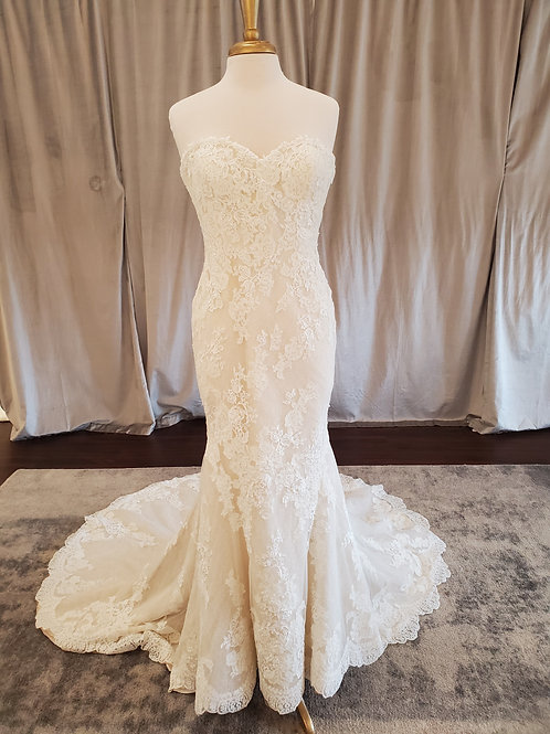 """Pronovias """"Princia"""" lace Fit and Flare gown with long train"""