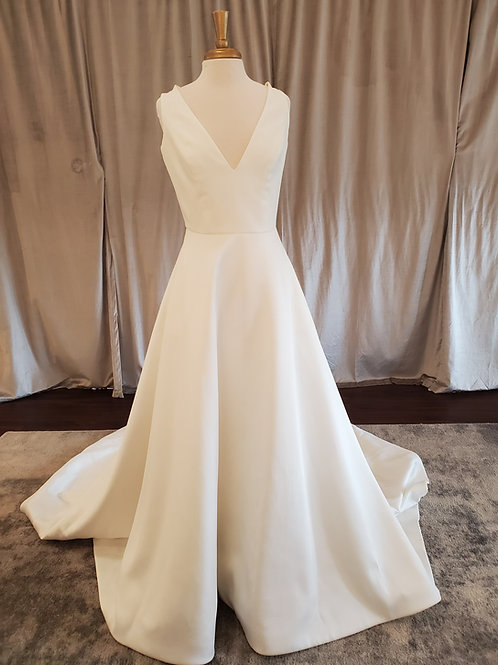 "Sareh Nouri ""Waldorf"" Silk shantung A-line gown"