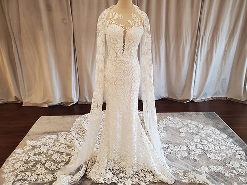 """Atelier Pronovias """"Himalaya"""" fitted lace gown with detachable statement sleeves"""
