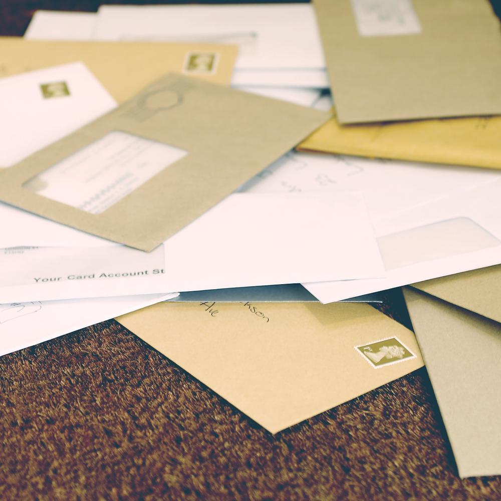 Life admin. Paperwork. Get organised. Efficient.