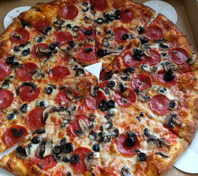 Pepperoni, mushroom & olives