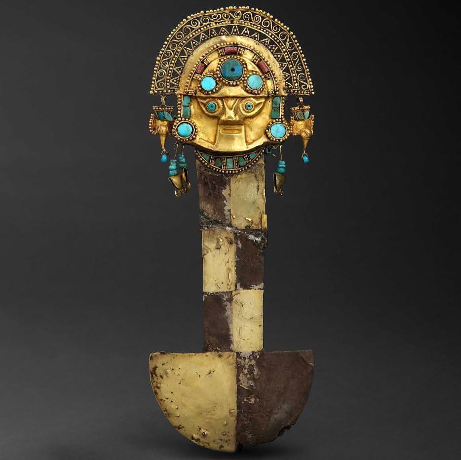 Туми. Ламбаеке, 750-1375 гг. н.э. Коллекция Museo Oro del Perú, Lima.