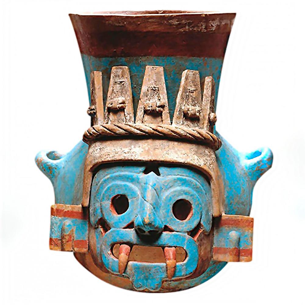 Сосуд в виде головы Тлалока. Ацтеки. Коллекция Museo del Templo Mayor, Мехико.