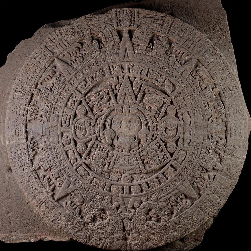 Камень солнца. Ацтеки (?), 1250-1500 гг. н.э. Коллекция Museo Nacional de Antropologia, Мехико.