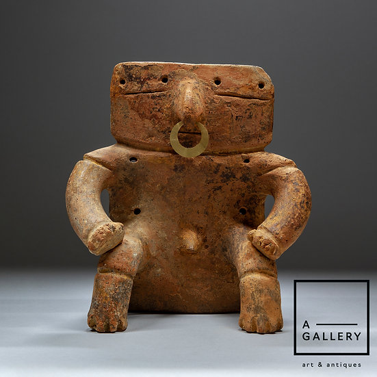Алтарная антропоморфная фигура, культура Кимбайя (1300-1500 гг. н.э.)