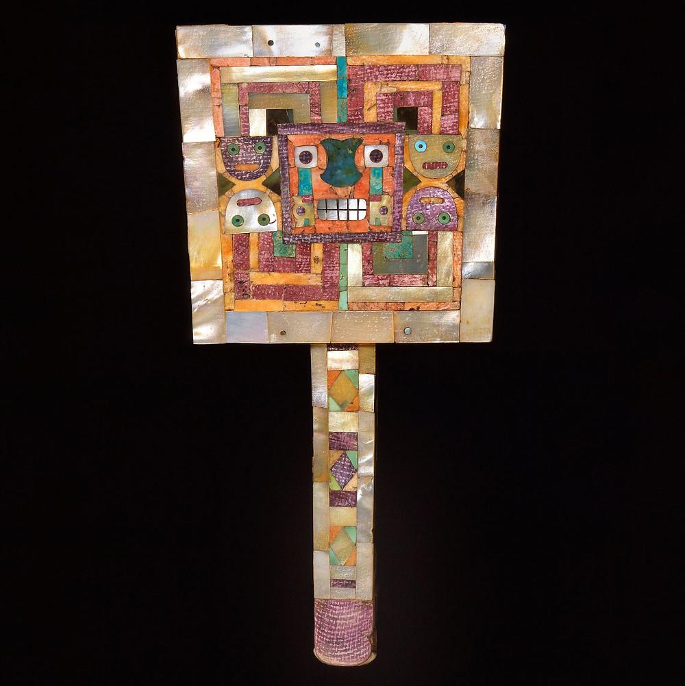 Зеркало. Уари, 650-1000 гг. н.э. Коллекция Dumbarton Oaks Museum, Washington.