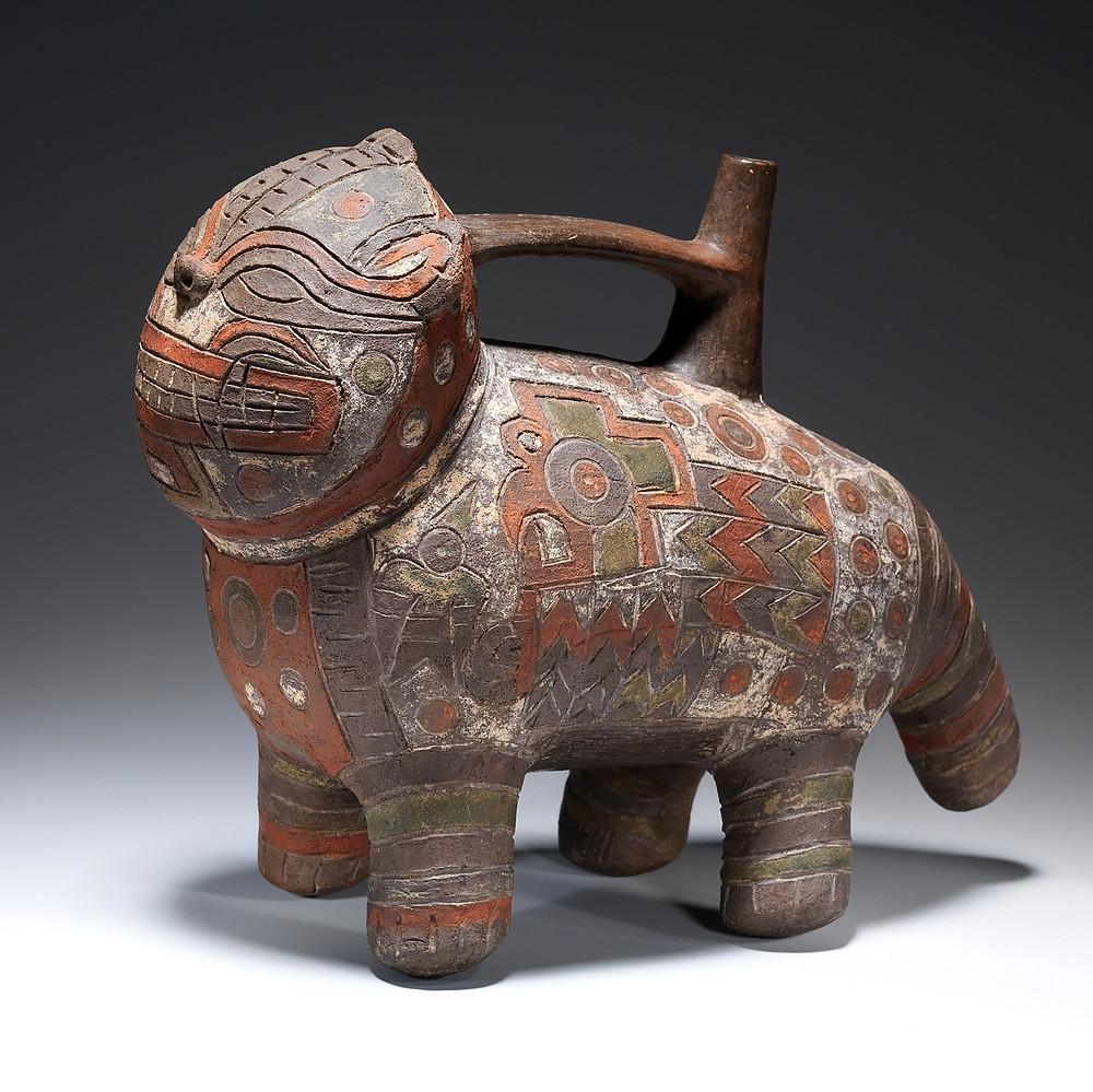 Сосуд в виде кошки. Паракас, 4-2 вв. до н.э. Коллекция The Metropolitan Museum of Art.