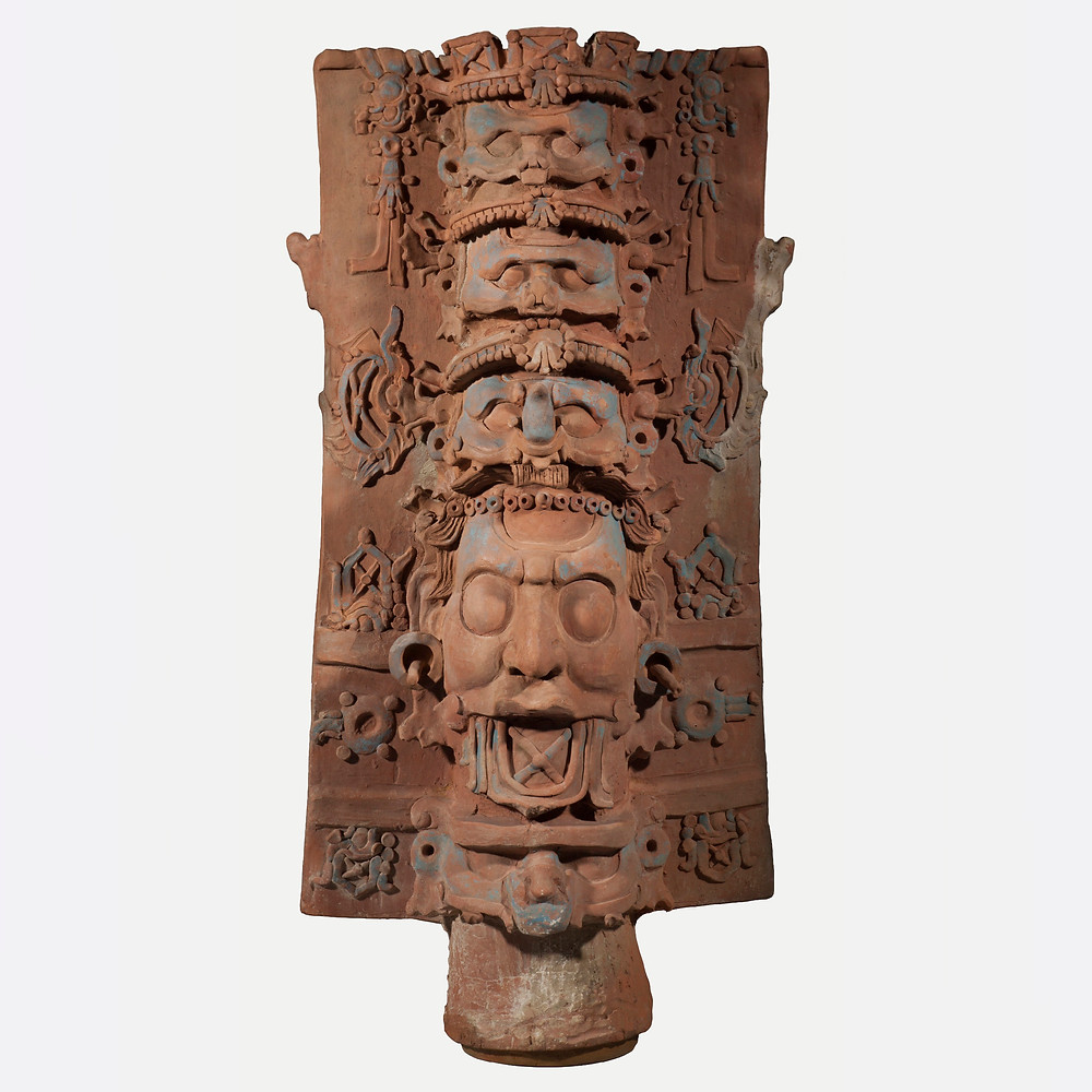 Подставка для курильницы с изображениями ликов божеств. Майя, 690-720 гг. н.э. Коллекция Kimbell Art Museum, Форт-Уэрт, Техас.