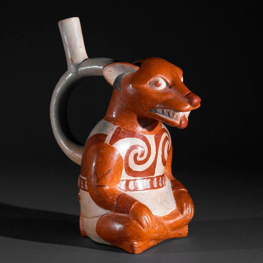 Сосуд в форме лисы, Перу, 100-800 гг. н.э. Коллекция The Museum of Fine Arts, Houston.