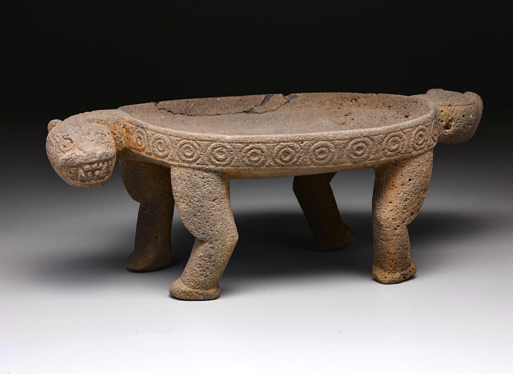 Метат в виде ягуара. Коста-Рика, побережье Карибского моря, 1000-1500 гг. н.э. Коллекция Dallas Museum of Art.