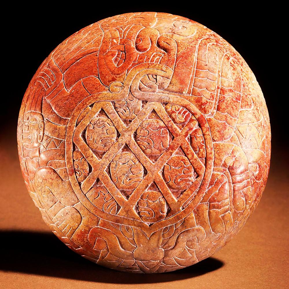 Блюдо с изображением антропоморфного паука. Куписнике, 900 - 600 гг. до н.э. Коллекция Dumbarton Oaks, Washington DС.