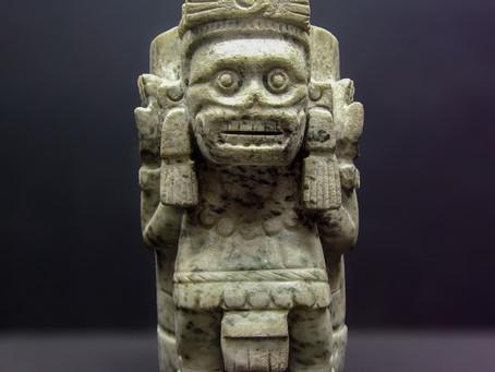 Урна для праха пленников: ацтекский бог смерти из собрания Темпло Майор