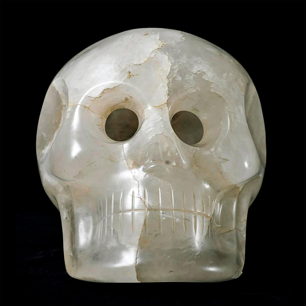 Хрустальный череп. Коллекция Smithsonian National Museum of Natural History.