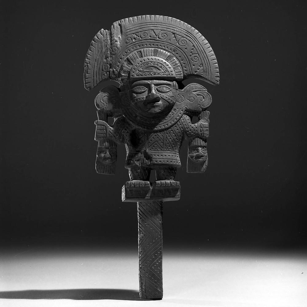 Деревянная рама. Чиму, 850-1470 гг. н.э. Коллекция Brooklyn Museum, New York.