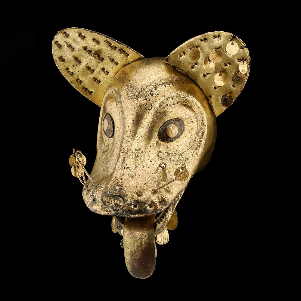 Голова лисы, Моче, Перу, 1-3 вв. н.э. Коллекция Государственного музея этнологии Linden-Museum Stuttgart.