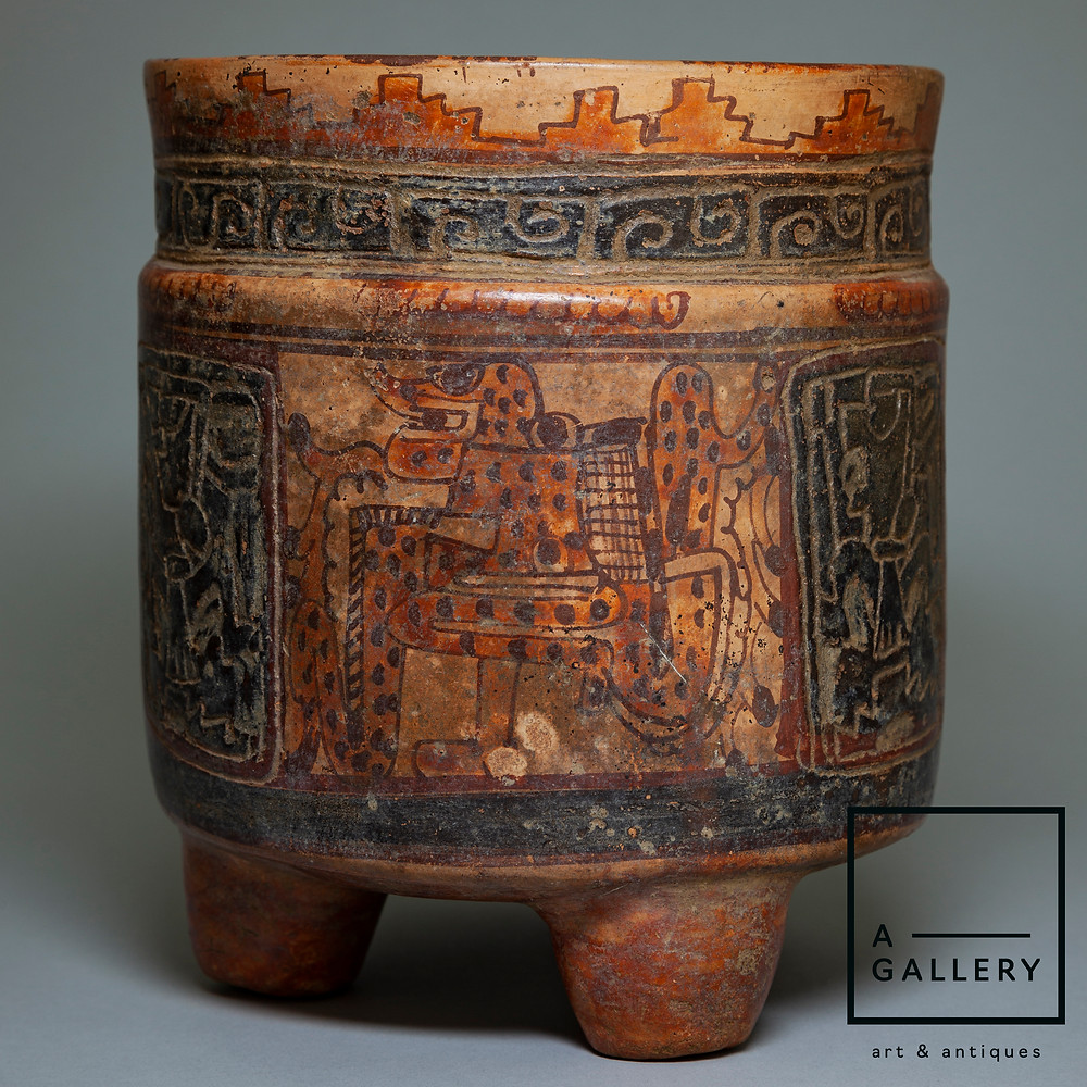 Сосуд-трипод, культура майя, Гондурас, долина Улуа, 550-850 гг. н.э. Коллекция A-Gallery, Москва.
