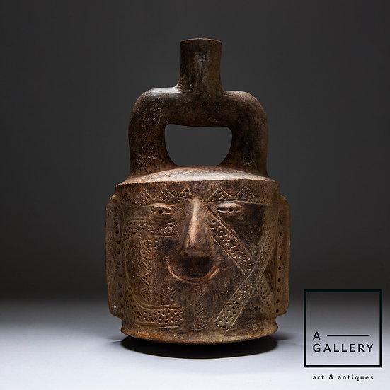 Стремевидный сосуд в форме головы, культура Чавин (700-200 гг. до н.э.)