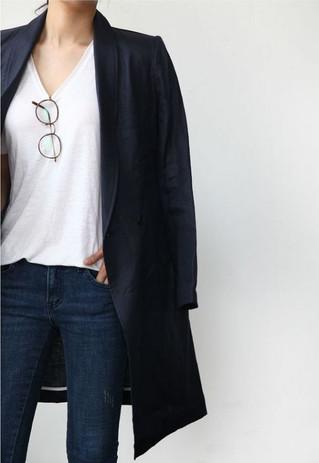 4 dáng blazer đen giúp bạn mặc đẹp trong mọi hoàn cảnh.