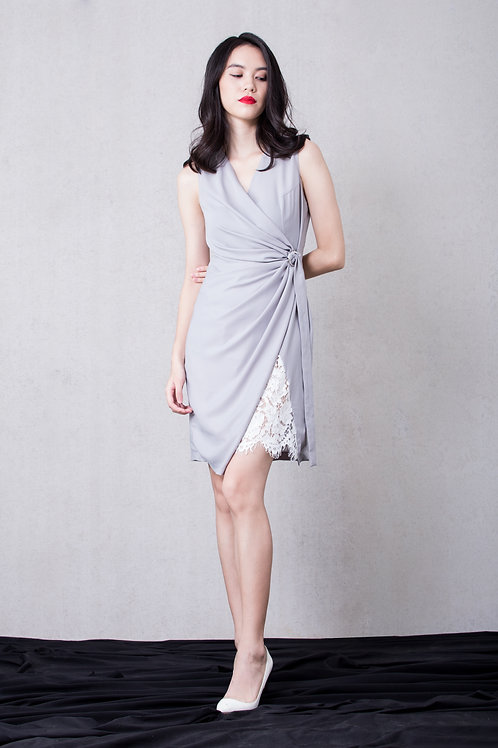 Lace inserted wrap dress - grey