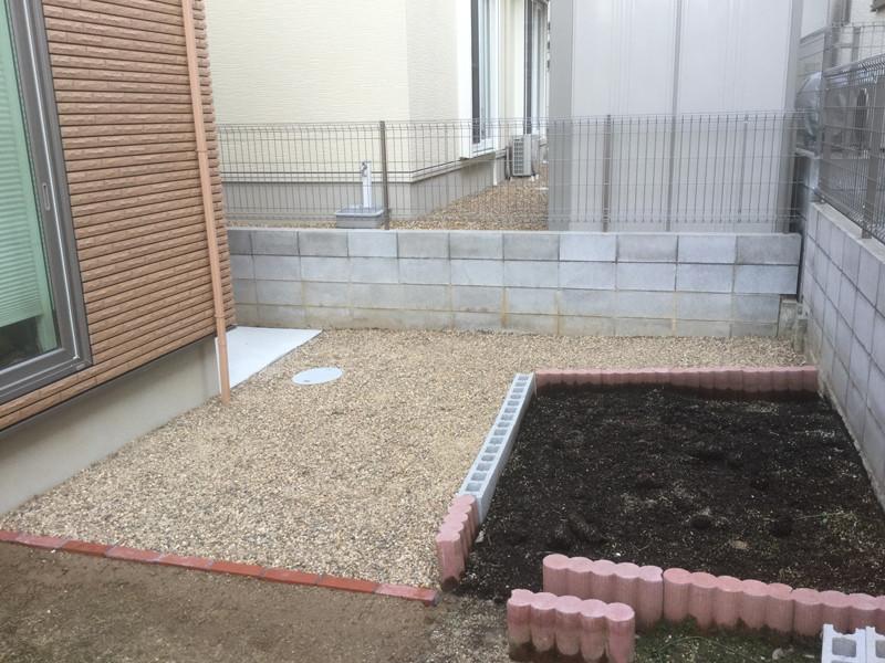 水はけ問題が解消した砂利の庭