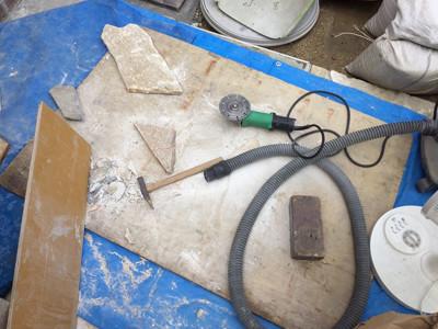 石材加工の機械と道具
