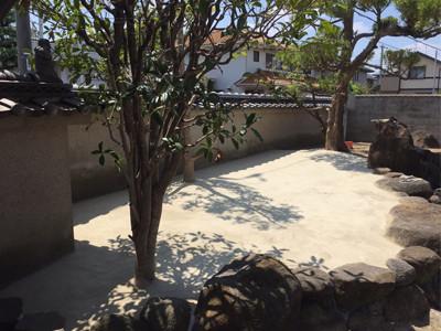 固まる土を使った庭