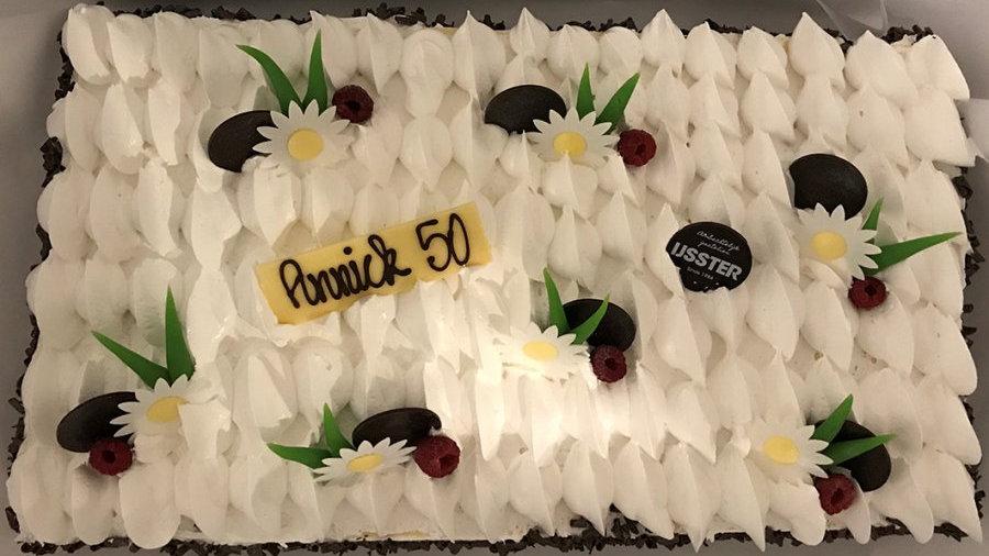 IJstaart per persoon (vanille, framboos, chocolade): 16 tot 36p