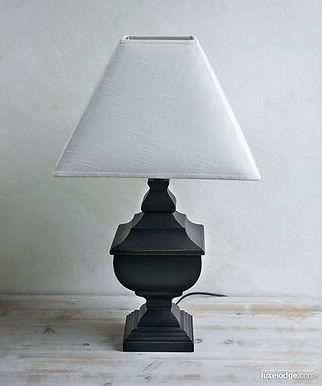 Lampada base in legno nera