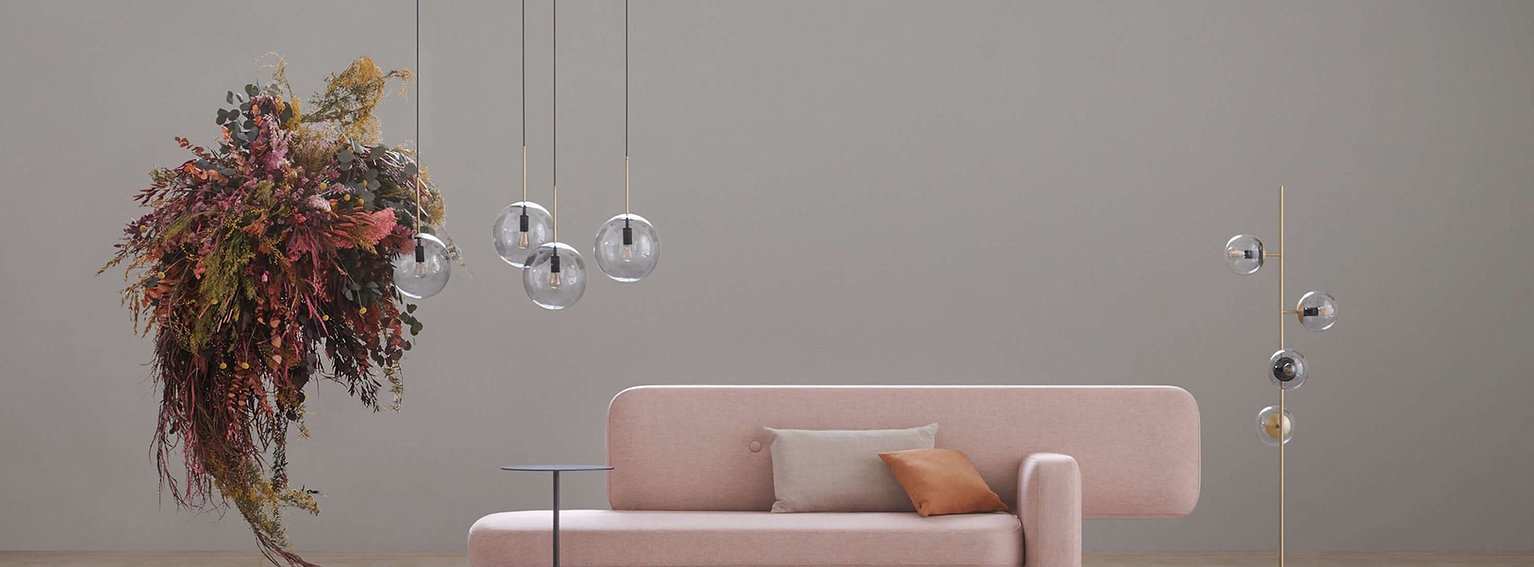 pebble-classic-cushion-orb-pendant-floor