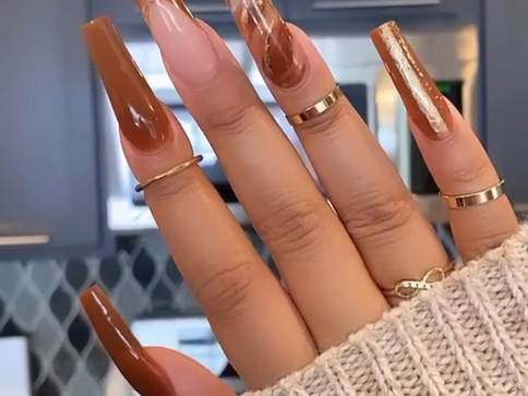30 Beautiful Acrylic Nail Designs for 2021