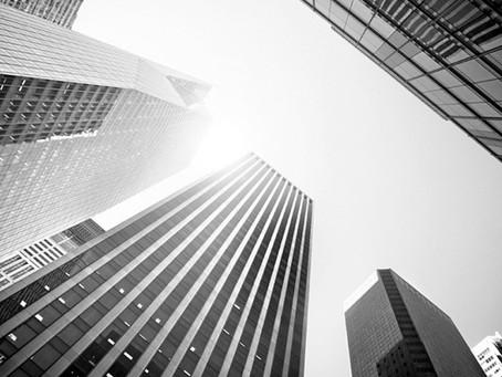 میخواهید در موسسات اعتباری یا بانکها سرمایهگذاری کنید؟ دست و پای خود را نبندید.