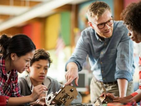 ده پیشنهاد برای اینکه به فرزندانتان کمک کنید، تا آیندهی خود را آگاهانهتر انتخاب کنند