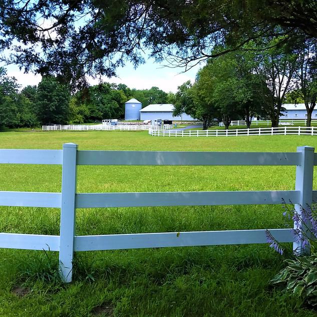 3 Rail Vinyl Fence - Behl Fence LLC.jpg
