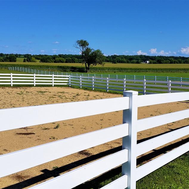 3 Rail Vinyl Horse Dry Lot Fence - Behl