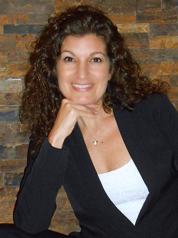 Stephanie Lucarelli