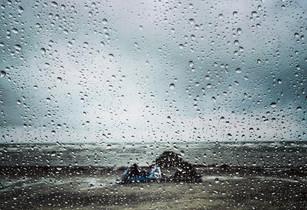 Raining Kites