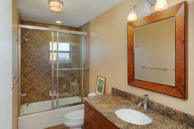 660 Golden Gate Point Unit 41-small-019-
