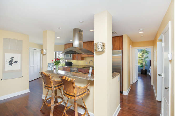 660 Golden Gate Point Unit 41-small-009-