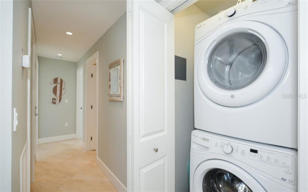 5830 midnight pass laundry.jpg
