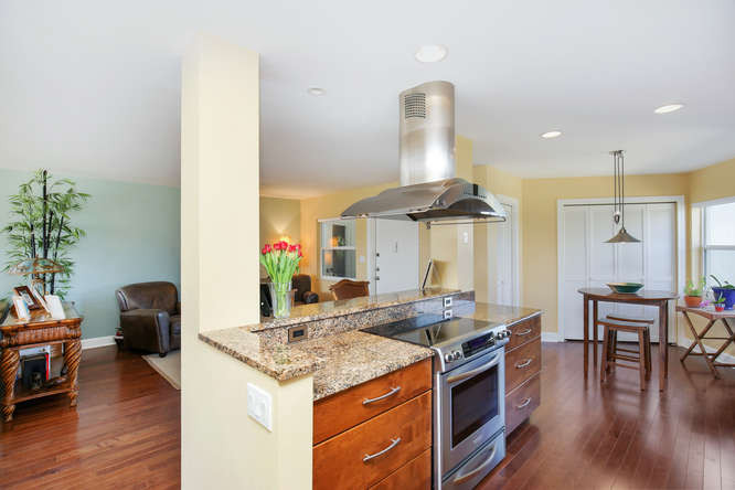 660 Golden Gate Point Unit 41-small-012-
