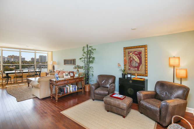 660 Golden Gate Point Unit 41-small-002-