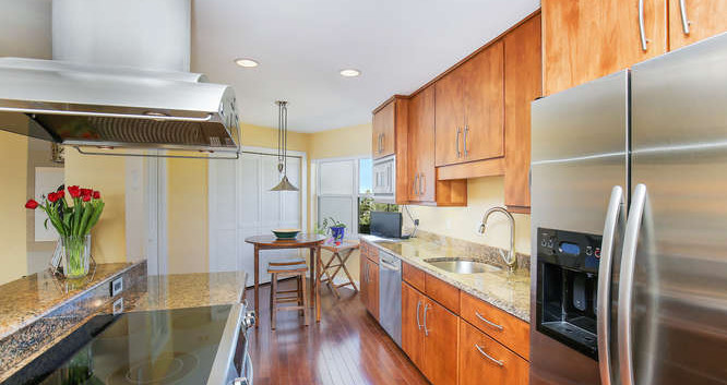 660 Golden Gate Point Unit 41-small-010-