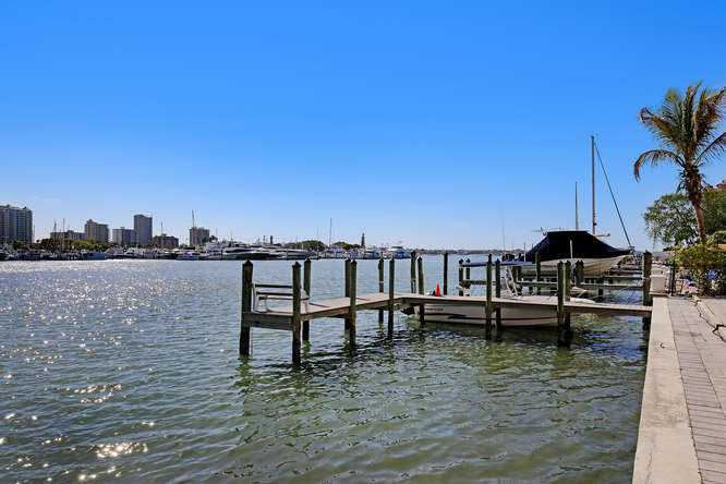660 Golden Gate Point Unit 41-small-023-